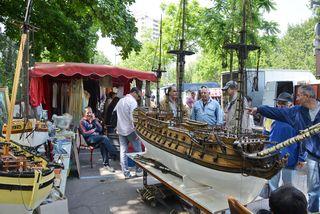Marché Puces Porte Vanves Paris Antiques Flea Market - Navire, Vincent Tamburrini