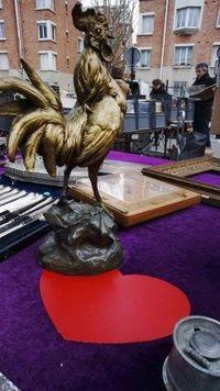 Marché Puces Porte Vanves Paris Antiques Flea Market - Un coq en bronze