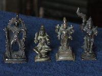 Marché Puces Porte Vanves Paris Antiques Flea Market - Bronzes divinités Inde 19e