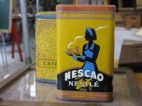 Marché Puces Porte Vanves Paris Antiques Flea Market - Nescao Nestlé